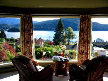 Bed and Breakfast North Vancouver view 1